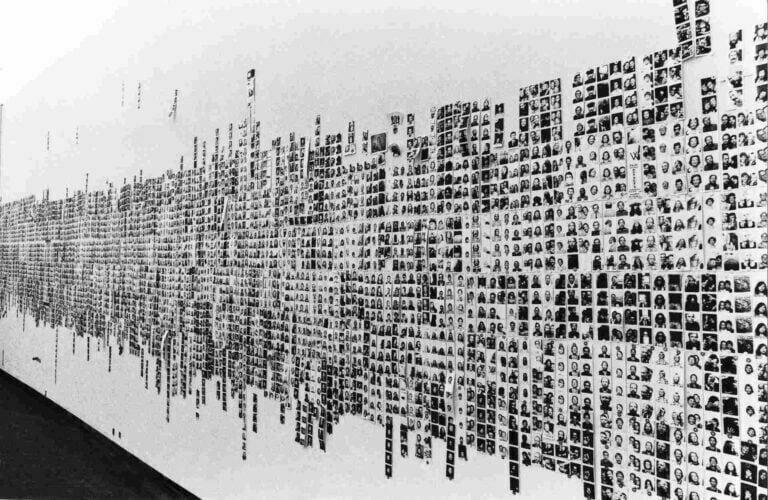 Franco Vaccari, Esposizione in tempo reale n° 4 (Venezia, 1972) - Talk Image -Webtalk L'occultamento dell'autore